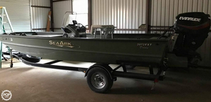Used Sea Ark FISH EXTREME - 2072 FXT DELUXE Aluminum Fishing Boat For Sale