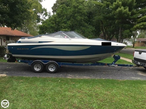 Used Maxum 2300 SR Bowrider Boat For Sale
