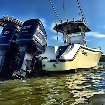 Used Mako 282 Center Console Saltwater Fishing Boat For Sale