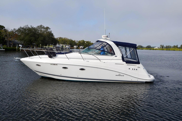 Used Rinker 350 Express Cruiser Sports Cruiser Boat For Sale