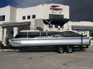 Used Bennington 2575 QCW IO Pontoon Boat For Sale