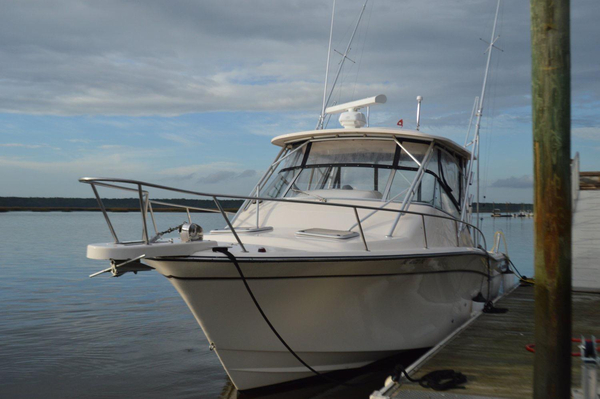 Used Grady-White Express 330 Saltwater Fishing Boat For Sale