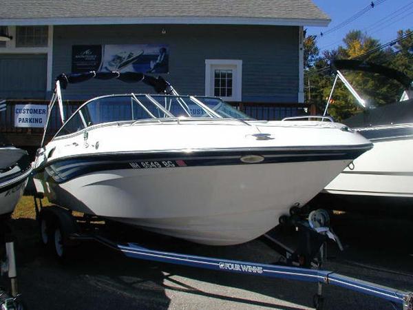 Used Four Winns 215 Sundowner Cruiser Boat For Sale