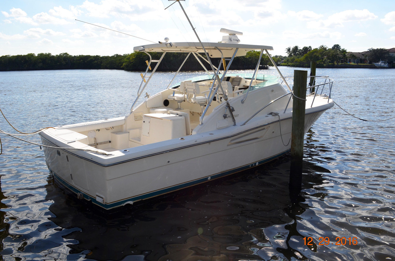 1995 used pursuit 3000 offshore express sport fisherman for Tuna fishing boats for sale