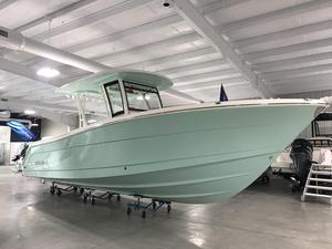New Robalo R302 Center Console Fishing Boat For Sale