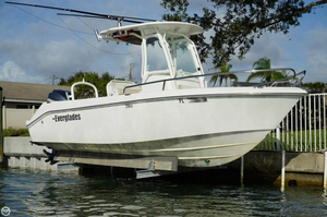 Used Everglades 210 CC Center Console Fishing Boat For Sale