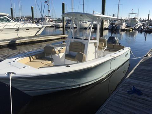 Used Sea Hunt Ultra 225 Center Console Fishing Boat For Sale