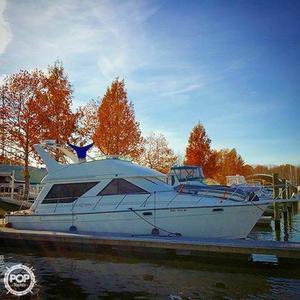Used Bayliner 3988 Cruiser Boat For Sale