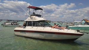 Used Chris-Craft 335 Commander Sports Fishing Boat For Sale