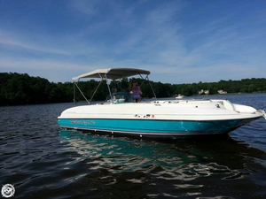Used Bayliner 2659 Rendezvous Deck Boat For Sale