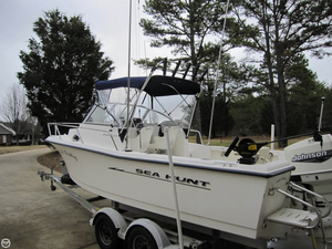 Used Sea Hunt 215 Victory Walkaround Fishing Boat For Sale