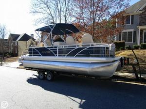 Used Aqua Patio AP 220 DF Tri-toon Pontoon Boat For Sale