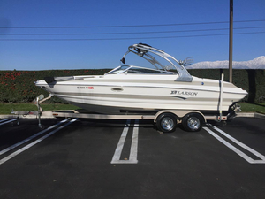 Used Larson LXi 248 Runabout Boat For Sale