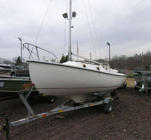 Used Com - Pac Daysailer Sailboat For Sale