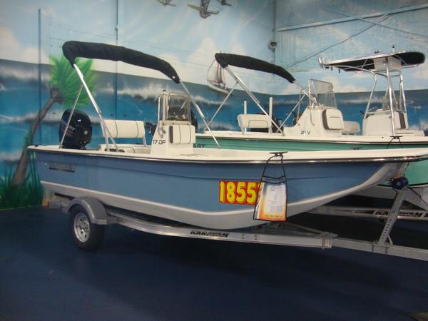 New Outcast 17DF Center Console Fishing Boat For Sale