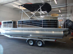 New Berkshire 230ESTS13B Pontoon Boat For Sale