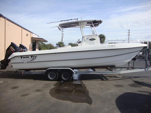 Used Twin Vee Bay Cat Power Catamaran Boat For Sale