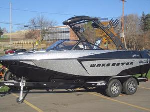 New Malibu Wakesetter 20 VTX Ski and Wakeboard Boat For Sale