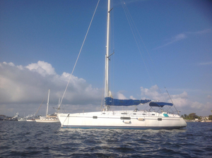 Used Beneteau 440 Oceanis Cruiser Sailboat For Sale
