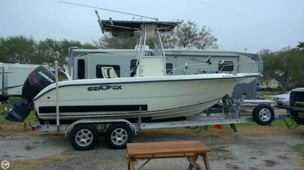 2003 used sea fox 210 cc center console fishing boat for for Stock fish for sale texas
