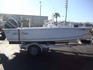 Used Sea-Pro Center Console Fishing Boat For Sale