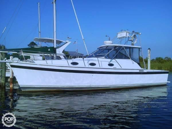 Used Luhrs 35 Alura Sports Fishing Boat For Sale