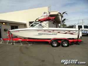 Used Ski Supreme V230 Sky Ski and Wakeboard Boat For Sale