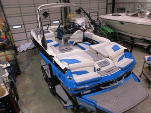New Malibu Boats Llc 22 MXZ Ski and Wakeboard Boat For Sale