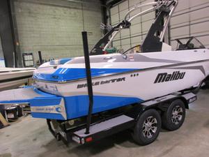 New Malibu Boats Llc 21 vlx Ski and Wakeboard Boat For Sale