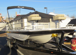 New Hurricane FD 226 F Deck Boat For Sale