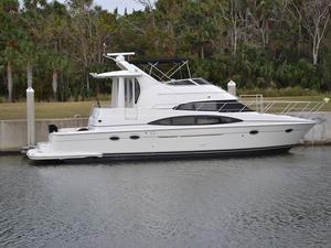 Used Carver Cockpit Motoryacht Cruiser Boat For Sale