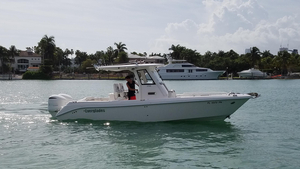 Used Everglades 275 Center Console Saltwater Fishing Boat For Sale