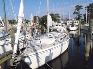 Used Catalina 30 Tall Rig With Aircon Cruiser Sailboat For Sale
