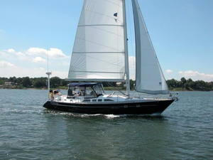 Used Freedom 45 Center Cockpit Cruiser Sailboat For Sale