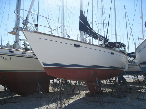 Used Sabre 425 Cruiser Sailboat For Sale