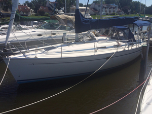 Used Bavaria 34 Cruiser Sailboat For Sale