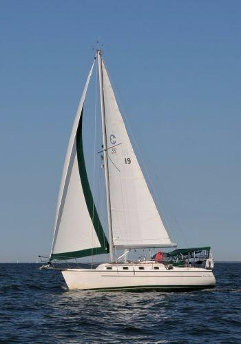 Used Com-Pac 35 Cruiser Sailboat For Sale