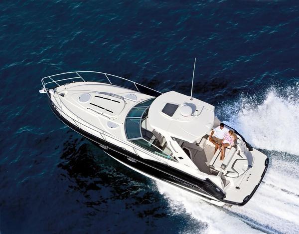 New Monterey 335 Sport Yacht Cruiser Boat For Sale