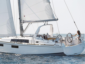 New Beneteau Oceanis 351 Racer and Cruiser Sailboat For Sale