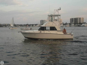 Used Bertram 33 Flybridge Cruiser Sports Fishing Boat For Sale