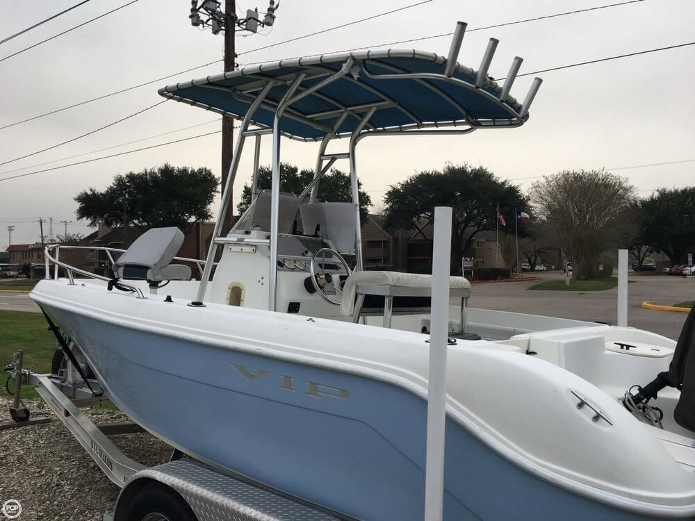 2005 used vip 2100 center console fishing boat for sale