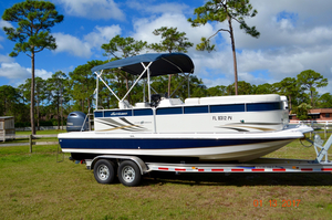 Used Hurricane FD 236 OB Deck Boat For Sale