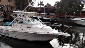 Used Robalo 235 Walk Around Cuddy Cabin Boat For Sale