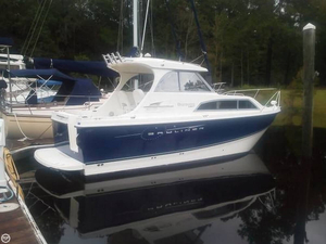 Used Bayliner Discovery 246 Express Cruiser Boat For Sale