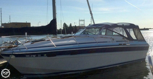 Used Wellcraft 3100 EC Express Cruiser Boat For Sale