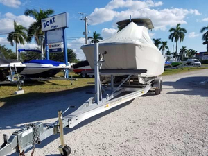Used Carolina Cat 23 Center Console Center Console Fishing Boat For Sale