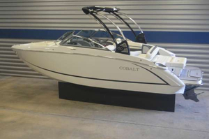 New Cobalt Boats R3 Bowrider Boat For Sale