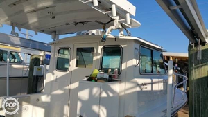 Used Parker Marine 2520 XLD Sport Cabin Pilothouse Boat For Sale