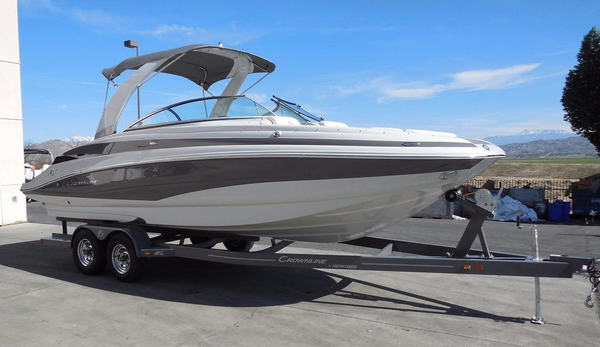 New Crownline E6 Deck Boat For Sale