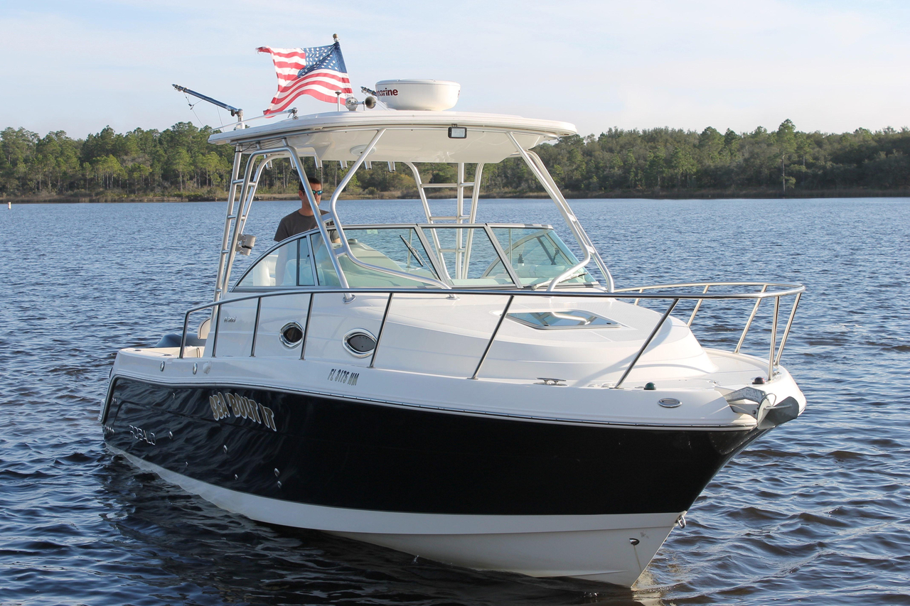 2007 used robalo 305 walkaround saltwater fishing boat for